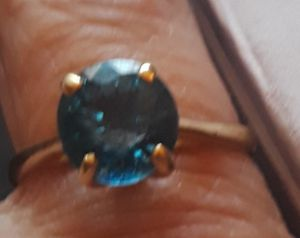 14K Real Gold Blue Solitaire Topaz Ring Size 8 for Sale in Anaheim, CA