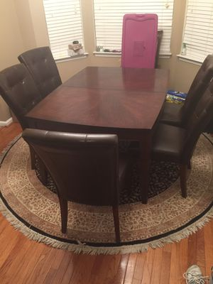Dining room set table and chairs for Sale in Fairfax, VA