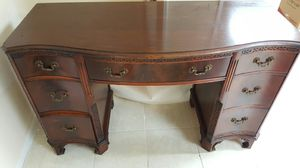 Antique Desk for Sale in NEW CARROLLTN, MD