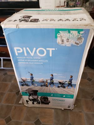 Evenflo plvot system 6 modular with car seat for Sale in New York, NY