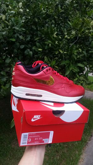 New Women Nike Air Max 1 size 9 for Sale in Metairie, LA