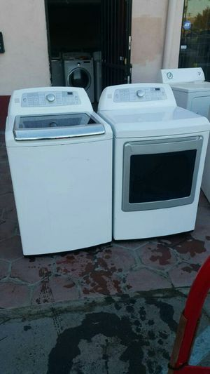 WASHER AND GAS DRYER for Sale in DEVORE HGHTS, CA