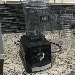 Italic Blender A2300 Ascent Series for Sale in Alsip,  IL