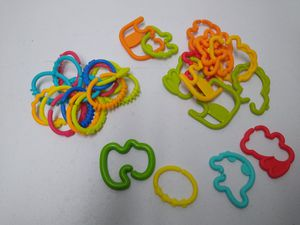 Lot of 31 Links TOYS Childrens Rings To Attach Toys for Sale in Phoenix, AZ