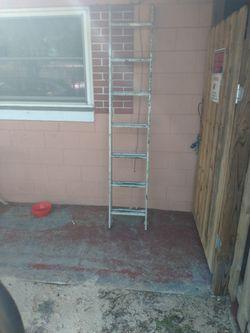 12 Foot Extension Ladder Aluminum for Sale in Orlando,  FL
