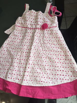 Dress size 6 for Sale in Bell Gardens, CA