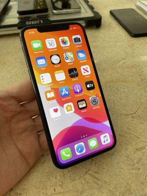 iPhone X 64GB Unlocked to any carrier! Like new! for Sale in Austin, TX