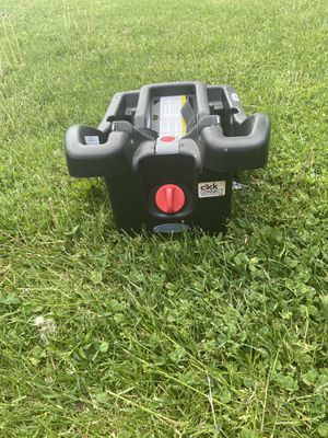 Click Connect Car Seat Base for Sale in Webster, NY