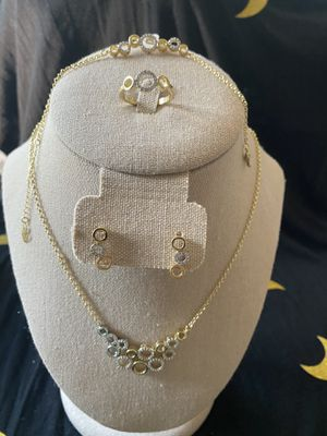 4 pieces Jewelry set for Sale in NEW CUMBERLND, PA