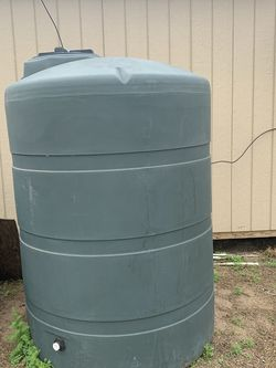 400 Gallon Water Container for Sale in Katy,  TX