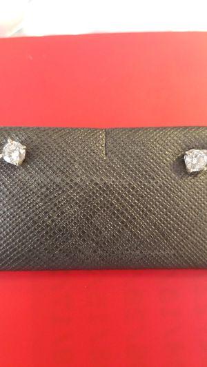 Diamond earring for Sale in Lauderdale Lakes, FL