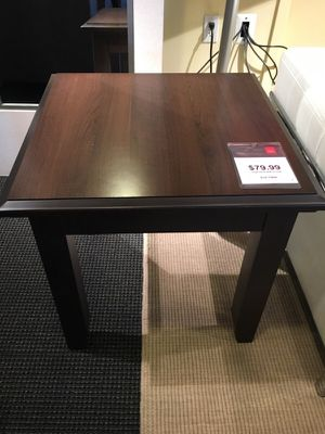 End table for Sale in North Bethesda, MD