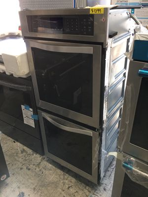 """Stainless steel 24"""" wide double oven electric for Sale in Los Angeles, CA"""