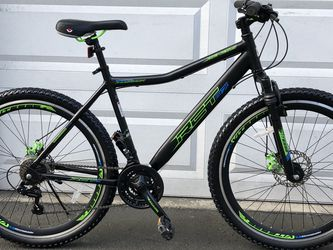 Mountain Bike GENESIS RCT Tire 27.5 Frame 20 for Sale in Everett,  WA