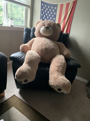 HUGE teddy bear for Sale in Fairview, OR
