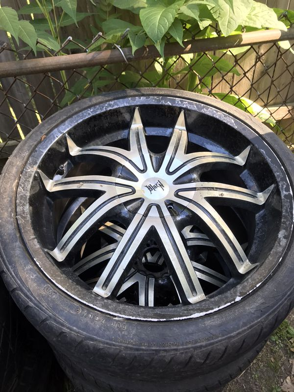 """For sale 20"""" rims one set universal and one off a s10"""