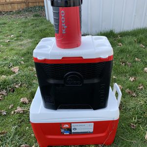 Igloo Coolers for Sale in Tacoma, WA