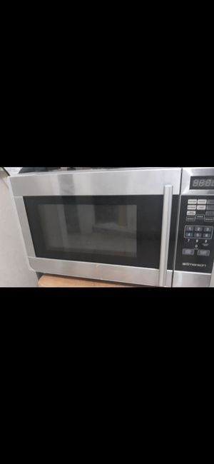 Countertop microwave for Sale in Houston, TX
