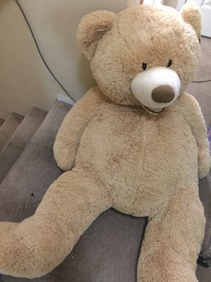 Big teddy bear for Sale in North Las Vegas, NV