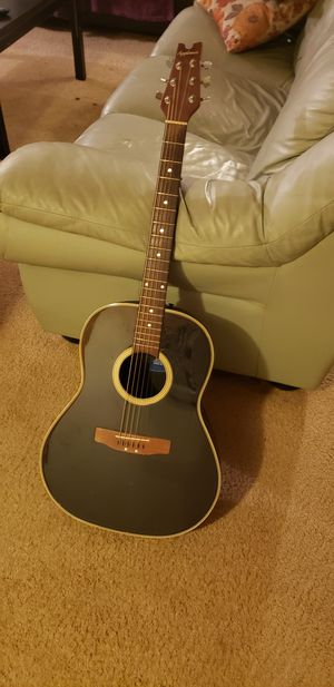 Applause roundback guitar with case for Sale in Portland, OR