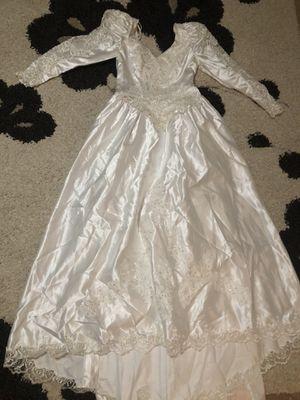 Wedding dress for Sale in Lilburn, GA