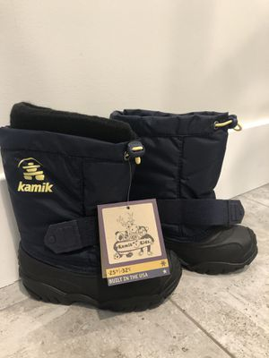 NEW toddler boys size 10 Kamik Kids snow boots for Sale in Los Angeles, CA
