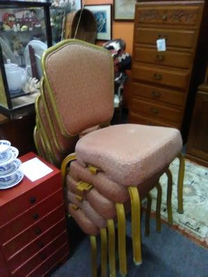 Stacking banquet wedding chair. Chairs 25each for Sale in La Mesa, CA