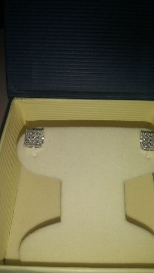 Diamond earrings for Sale in Richmond, CA