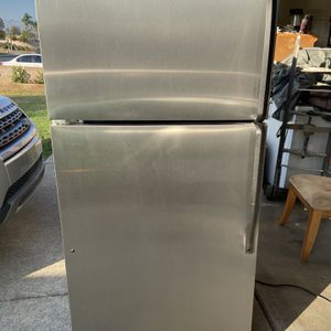 FULLY FUNCTIONAL Stainless steel whirlpool top mount! for Sale in Montclair, CA