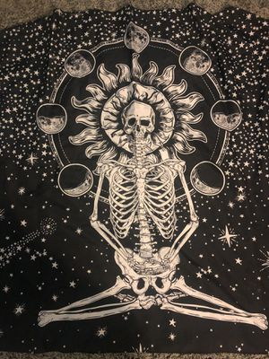 MEDITATING SKELETON TAPESTRY for Sale in Los Angeles, CA