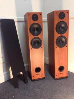Polk Audio R50 for Sale in Cleveland, OH