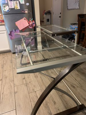 Desk + chair for Sale in Fort McDowell, AZ