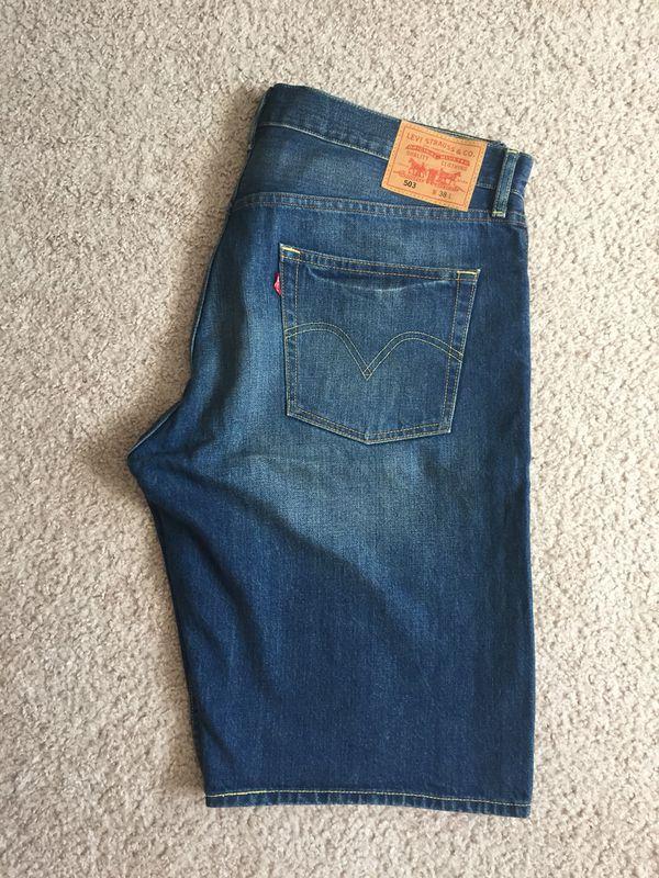 Levi's Men's shorts — NEW! W:38