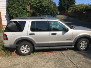 06 fully loaded Ford Explorer for Sale in Snohomish, WA