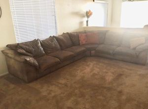 Plush Brown Leather Sectional Couch for Sale in Phoenix, AZ