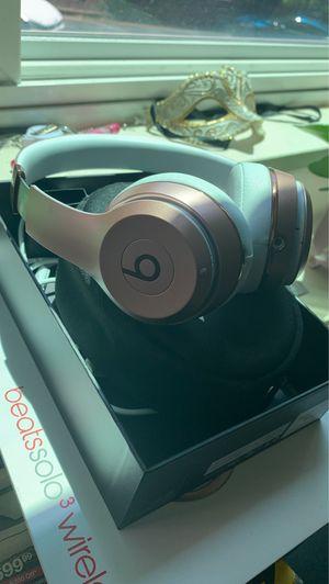 Rose gold beats solo 3 wireless for Sale in Arlington, VA