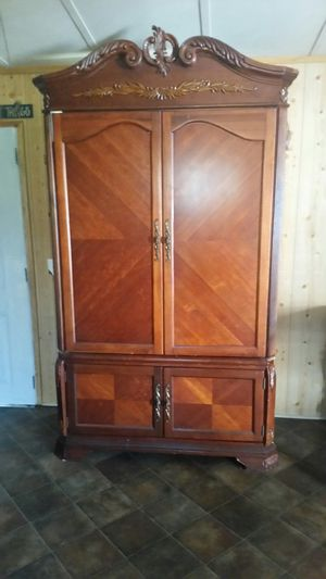 Entertainment center for Sale in Conway, AR