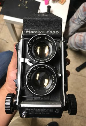 Mamiya c330 camera for Sale in Los Angeles, CA