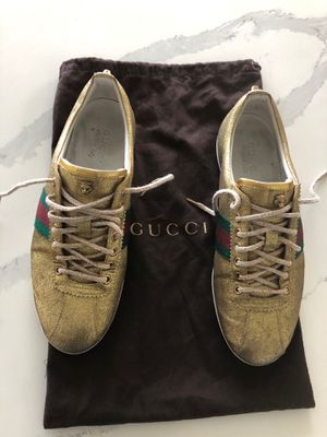Gucci shoes sz.US10.(Gucci 9).In good condition.Made in Italy for Sale in Kent, WA