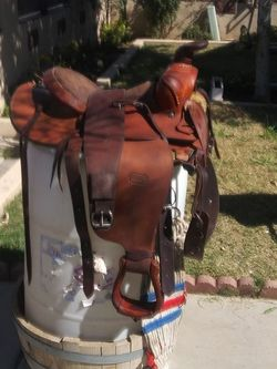 Western Roping Saddle for Sale in Phoenix,  AZ