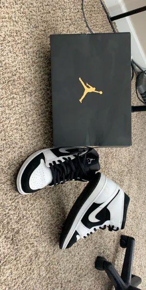 Jordan 1 10.5/11 for Sale in Warren Air Force Base, WY