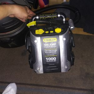 Jump Starter W/ Air Compressor for Sale in San Jose, CA