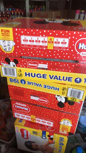Huggies SIZE 3 and SIZE 4 only for Sale in Ellenwood, GA