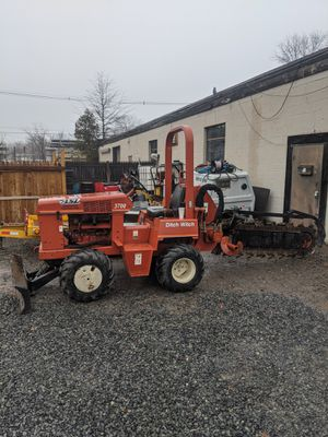 2000 ditch witch 3700DD for Sale in Long Hill, NJ