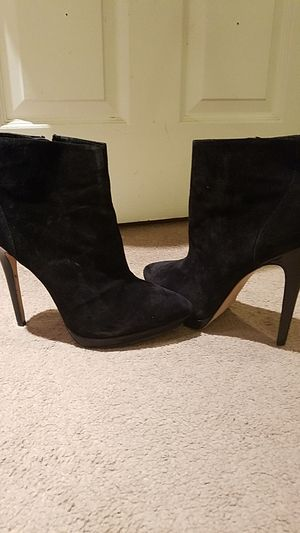 New! ASOS size 10 suede ankle boot for Sale in St. Louis, MO
