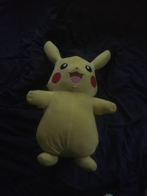 Big Pikachu stuffed animal for Sale in Lancaster, OH