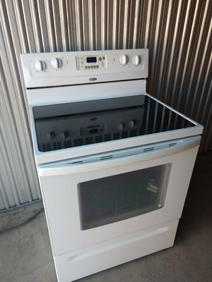 WHIRLPOOL ELECTRIC STOVE FREE DELIVERY SAME DAY for Sale in Denver, CO
