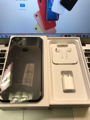 iPhone 7+Plus 32GB Unlocked for Sale in Newington, CT