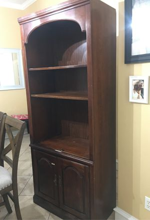 Shelf for Sale in Edinburg, TX