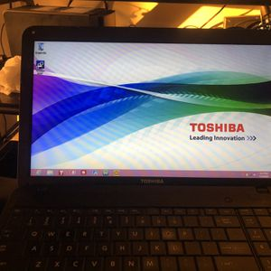 Toshiba Laptop for Sale in Brooklyn, NY